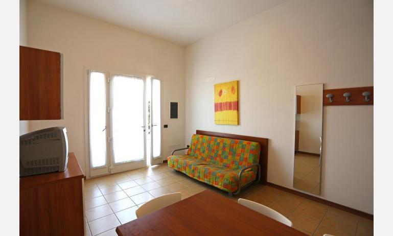 residence ALLE FARNIE: B5V - soggiorno (esempio)