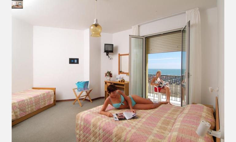 hotel TOURING: Standard - camera tripla (esempio)