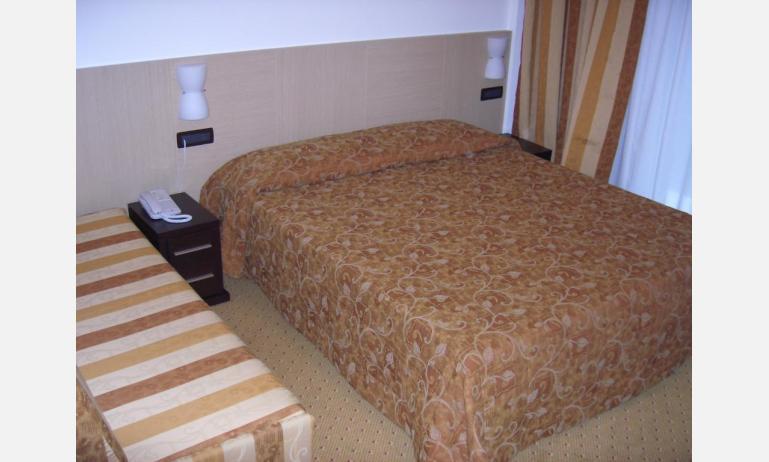hotel OLYMPUS: Standard - camera (esempio)