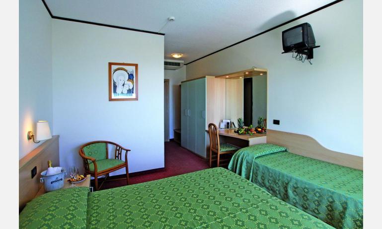 hotel EUROPA: Standard - camera tripla (esempio)