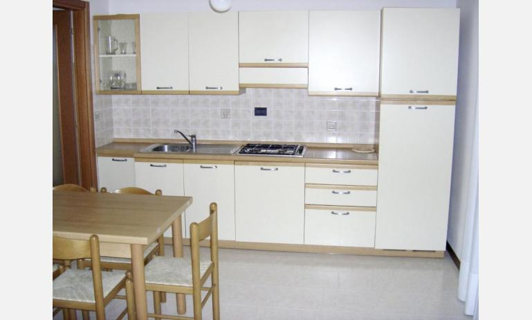 residence LIA: D7 - kitchenette (example)