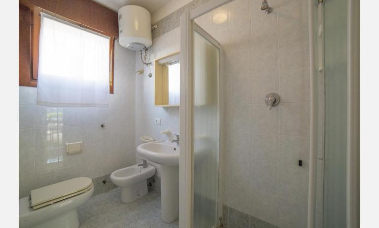 residence NUOVO SILE: C6 - bagno rinnovato (esempio)