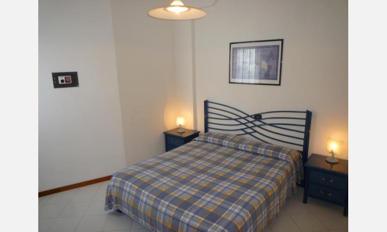 residence SEMIRAMIS: B4 - camera matrimoniale (esempio)