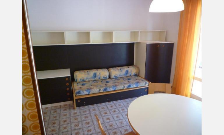appartamenti ELLE: B5 - divano letto doppio (esempio)
