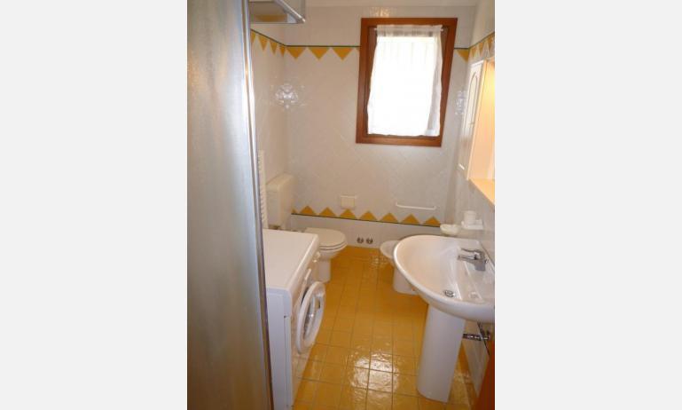 residence SAN MARCO: C4 - bagno con box doccia (esempio)
