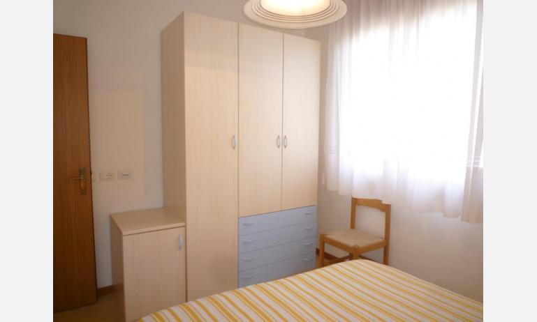 appartamenti LARA: C4 - armadio (esempio)
