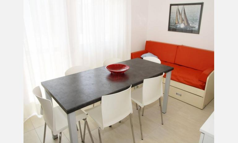 residence EQUILIO: B4/5 - soggiorno (esempio)