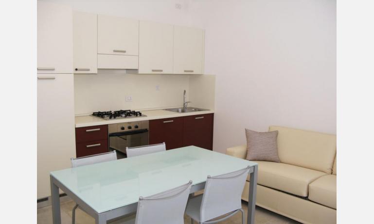 residence MEDITERRANEE: B4/5 - angolo cottura (esempio)