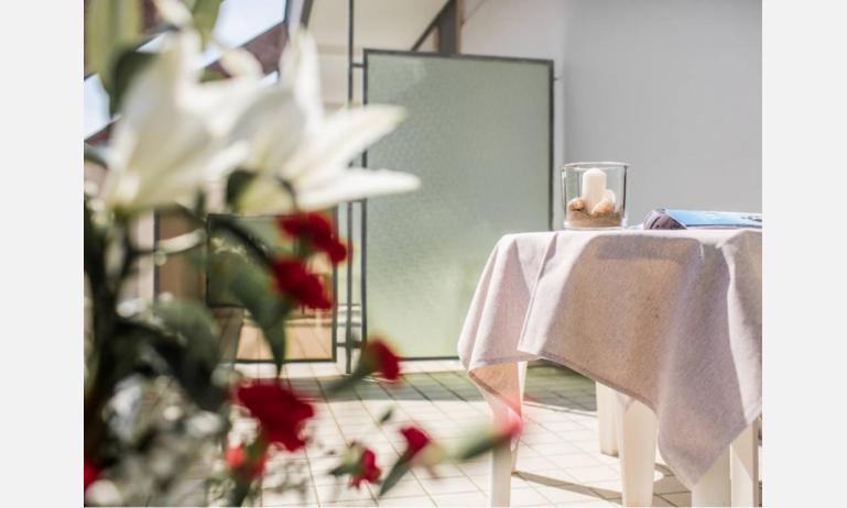 Hotel BETTINA: Standard - Badezimmer (Beispiel)