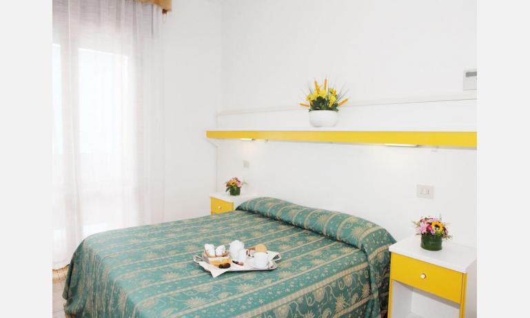 hotel PIGALLE: Standard - camera matrimoniale (esempio)