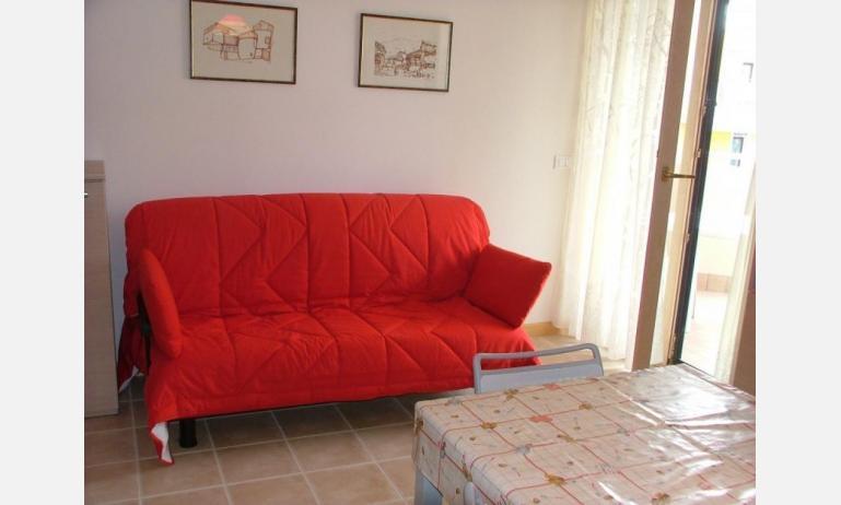 residence MIRAGE: C5 - divano letto singolo (esempio)