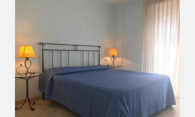 residence MIRAGE: C5 - camera matrimoniale (esempio)