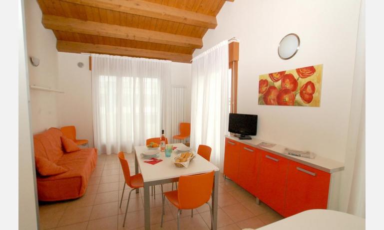 residence ROBERTA: B5 Family - soggiorno (esempio)