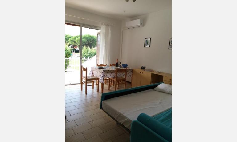 residence VILLAGGIO SELENIS: B4 - divano letto doppio (esempio)