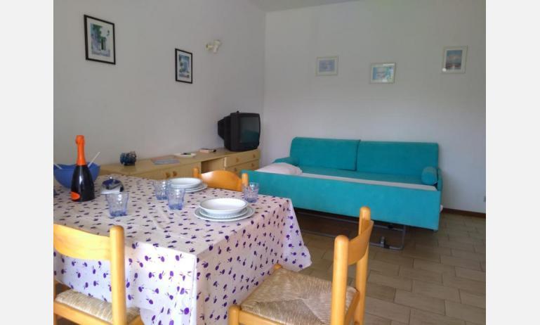 residence VILLAGGIO SELENIS: B4 - soggiorno (esempio)