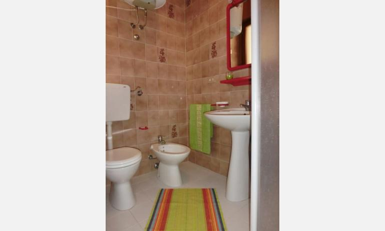 residence ITACA: A4* - bathroom (example)