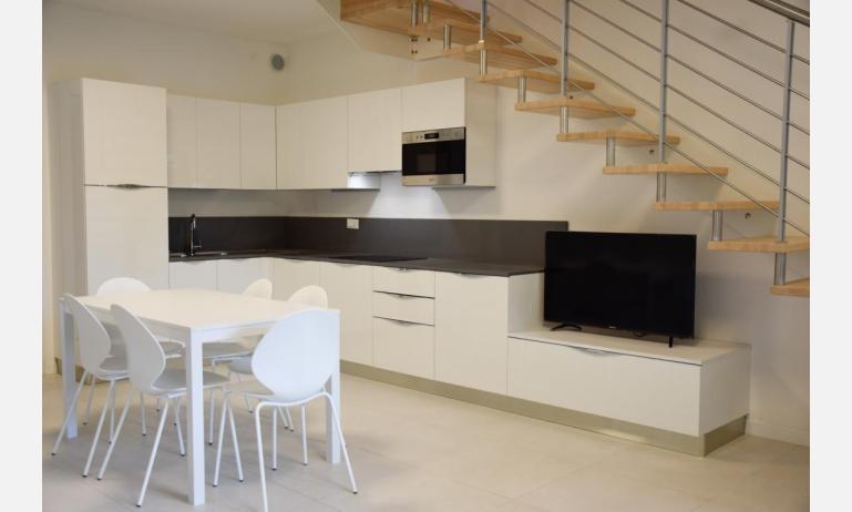 appartamenti Residenza GREEN MARINE: C7 - scala interna (esempio)