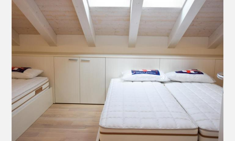 appartamenti Residenza GREEN MARINE: C7 - camera tripla (esempio)
