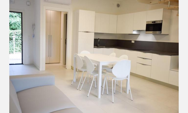 appartamenti Residenza GREEN MARINE: C7/1 - cucina (esempio)