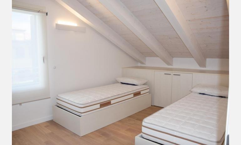 appartamenti Residenza GREEN MARINE: C8 - camera doppia (esempio)