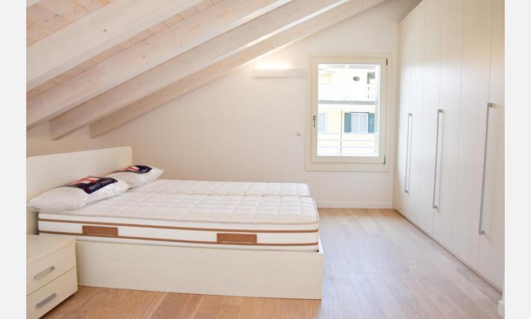 appartamenti Residenza GREEN MARINE: C8 - letto matrimoniale (esempio)