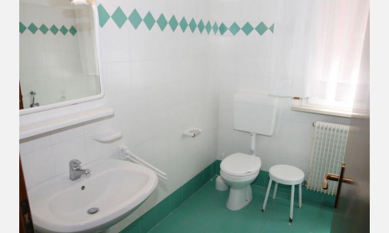 appartamenti VILLA MAZZON: C5 - bagno (esempio)