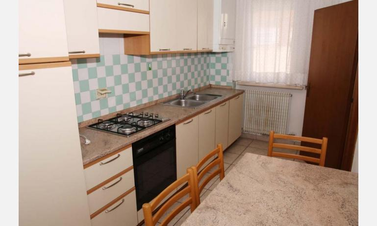 appartamenti VILLA MAZZON: C5 - cucina (esempio)