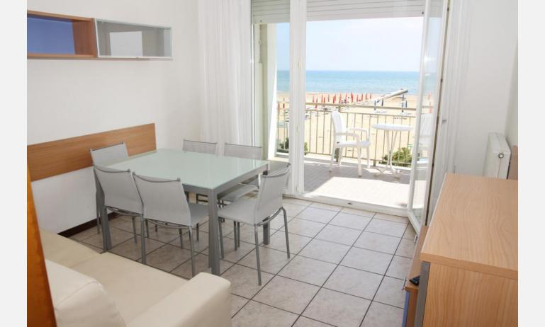 appartamenti VILLA MAZZON: C5 - balcone con vista (esempio)