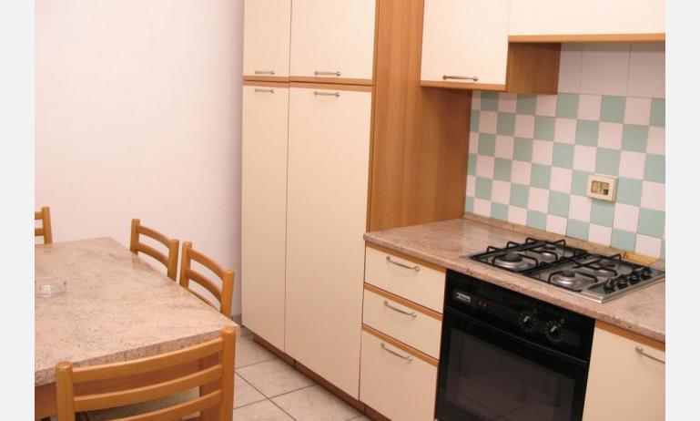 appartamenti VILLA MAZZON: C5T - angolo cottura (esempio)