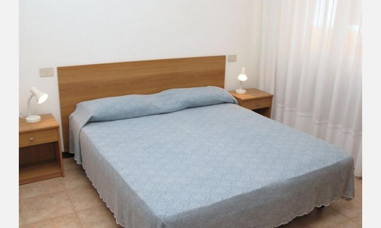 appartamenti VILLA MAZZON: C5T - camera matrimoniale (esempio)