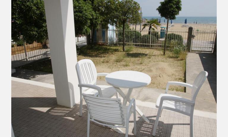 appartamenti VILLA MAZZON: C5T - esterno dalla spiaggia