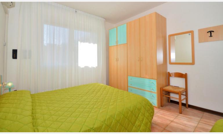 residence LIDO DEL SOLE 1: B5 - camera (esempio)