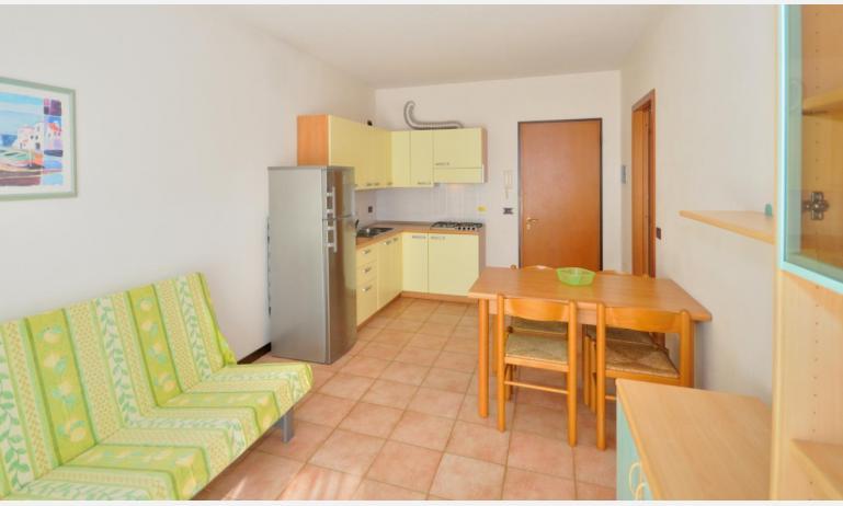 residence LIDO DEL SOLE 1: B5 - angolo cottura (esempio)