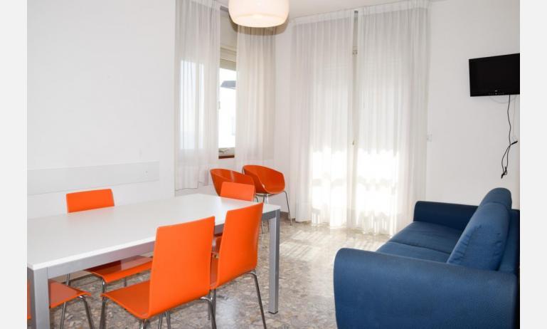 appartamenti VISTAMARE: B5 - soggiorno (esempio)