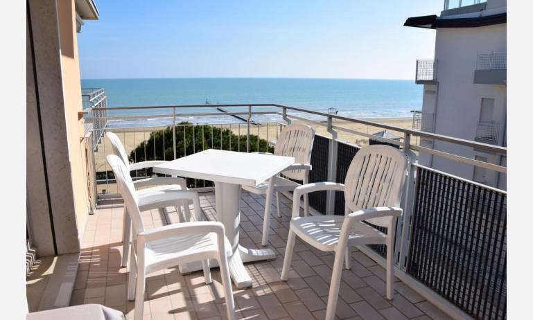 appartamenti VISTAMARE: B5 - balcone vista mare (esempio)