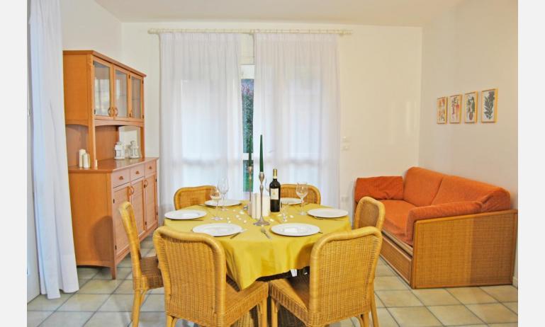 residence TAMERICI: C6 - soggiorno (esempio)