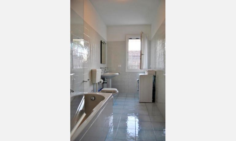 residence TAMERICI: D6 - bagno (esempio)