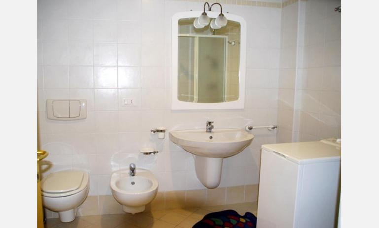 residence MIRAGE: B4 - bagno (esempio)