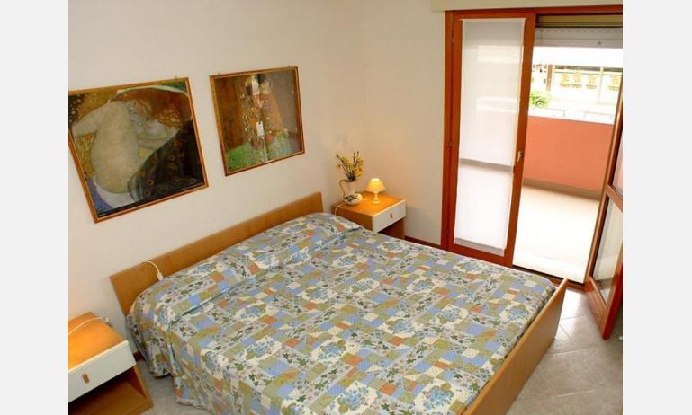 appartamenti SOLE: B4 - camera matrimoniale (esempio)