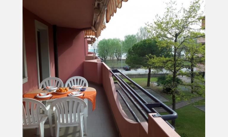 appartamenti SOLE: B4 - balcone (esempio)