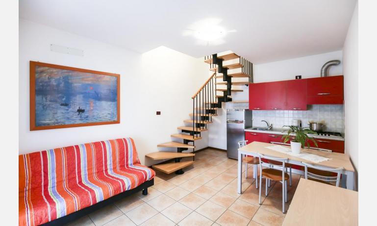 residence GIARDINI DI ALTEA: B5V - living room (example)
