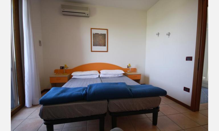 residence GIARDINI DI ALTEA: B5V - hálószoba (példa)