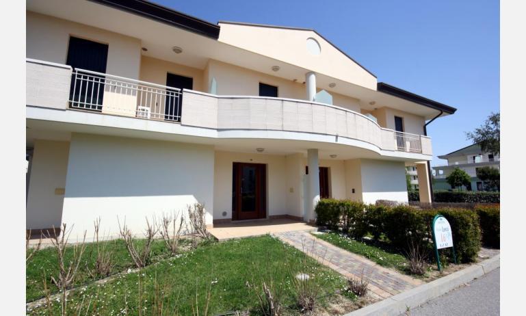 residence GIARDINI DI ALTEA: B5V - external view (example)