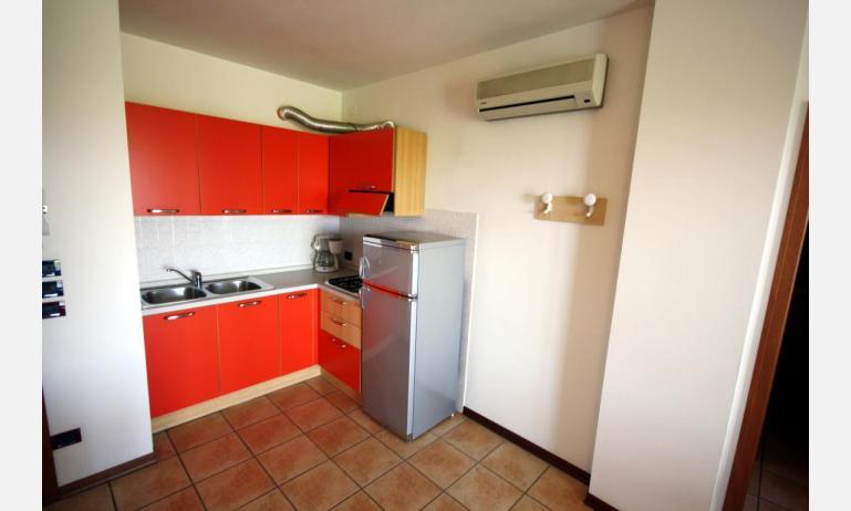 residence GIARDINI DI ALTEA: C7 - kitchenette (example)