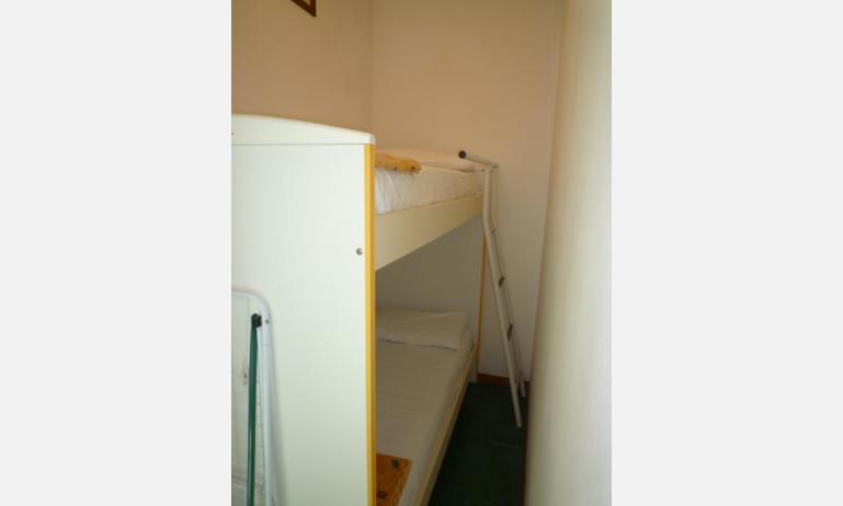 appartamenti MINI-JET: B4 - letto a castello (esempio)