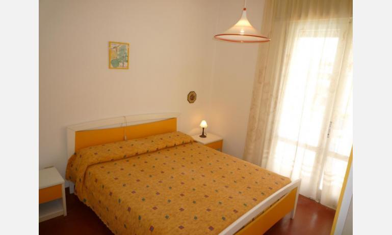 appartamenti MINI-JET: B4 - camera matrimoniale (esempio)