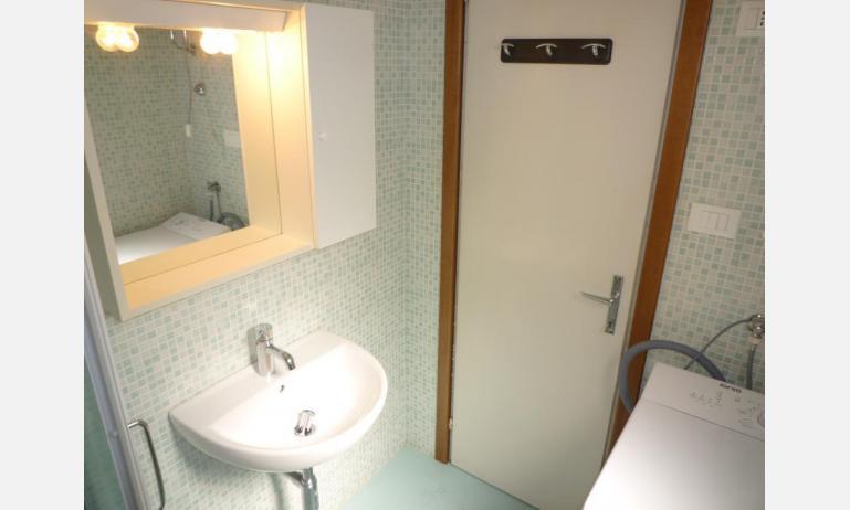 appartamenti MINI-JET: B4 - bagno (esempio)