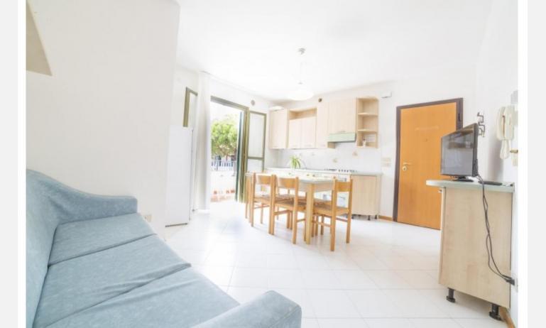 residence PORTO SOLE: D6 - soggiorno (esempio)
