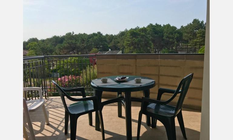 Residence LIDO DEL SOLE: B5 - Balkon (Beispiel)