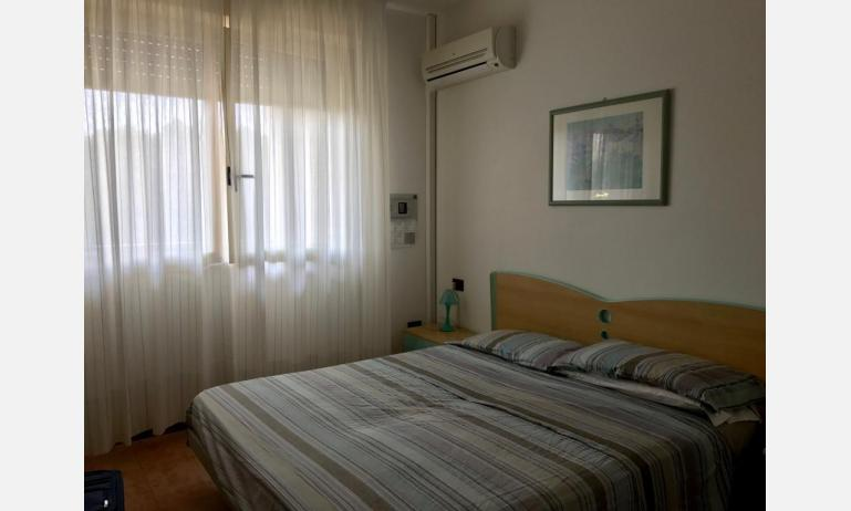 residence LIDO DEL SOLE: B5 - double bed (example)